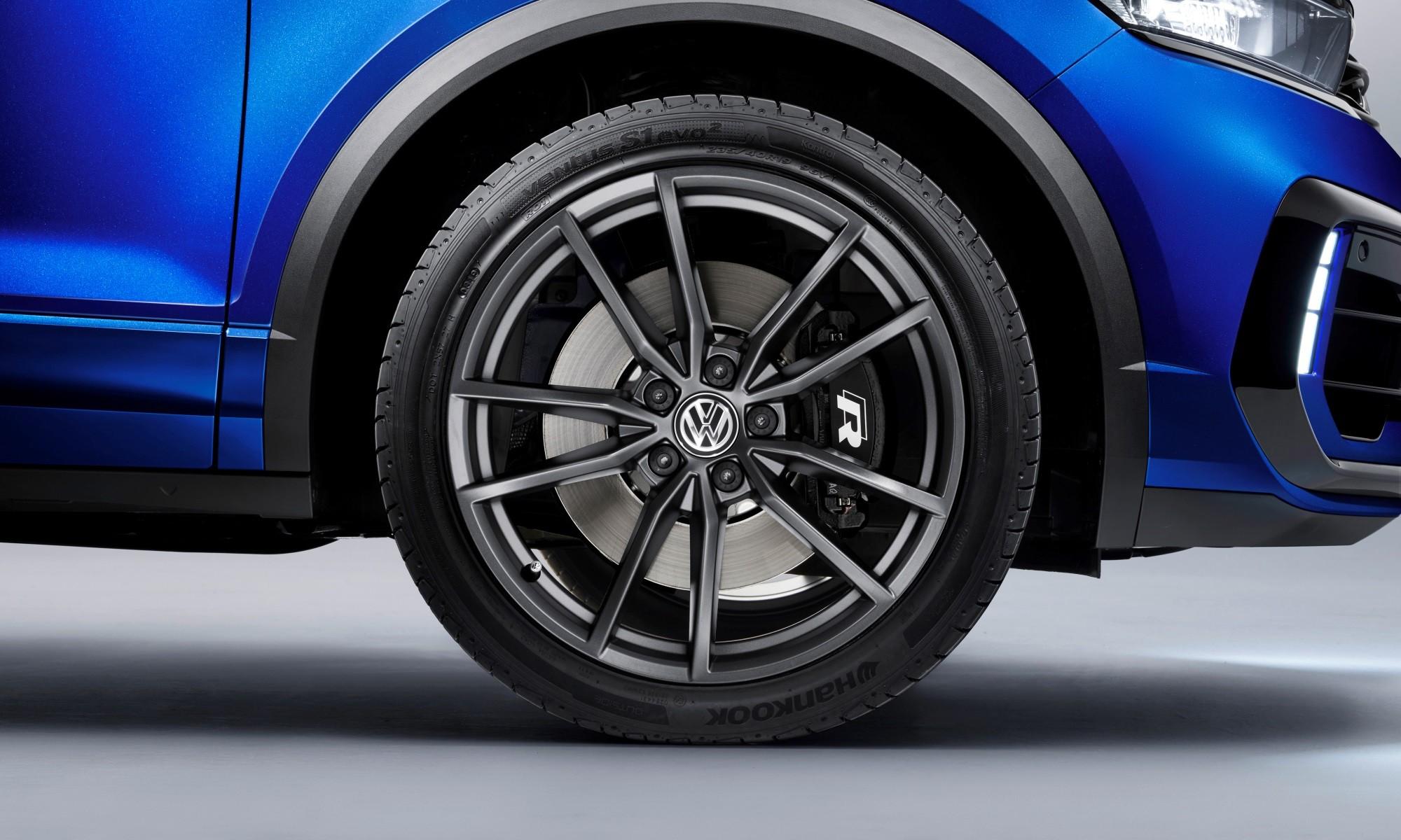 Volkswagen T-Roc R brakes