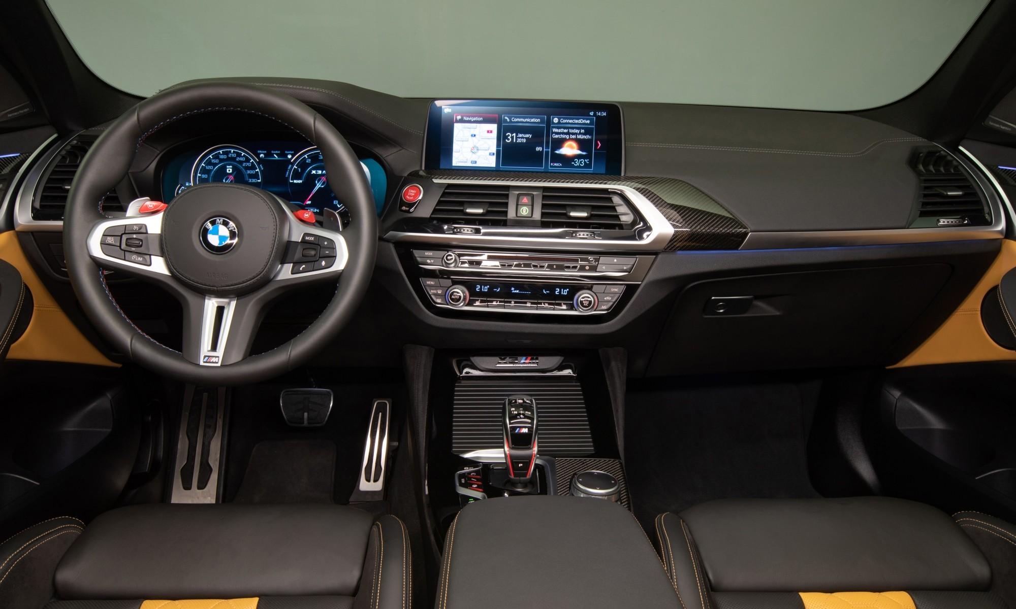 X4M Competition interior