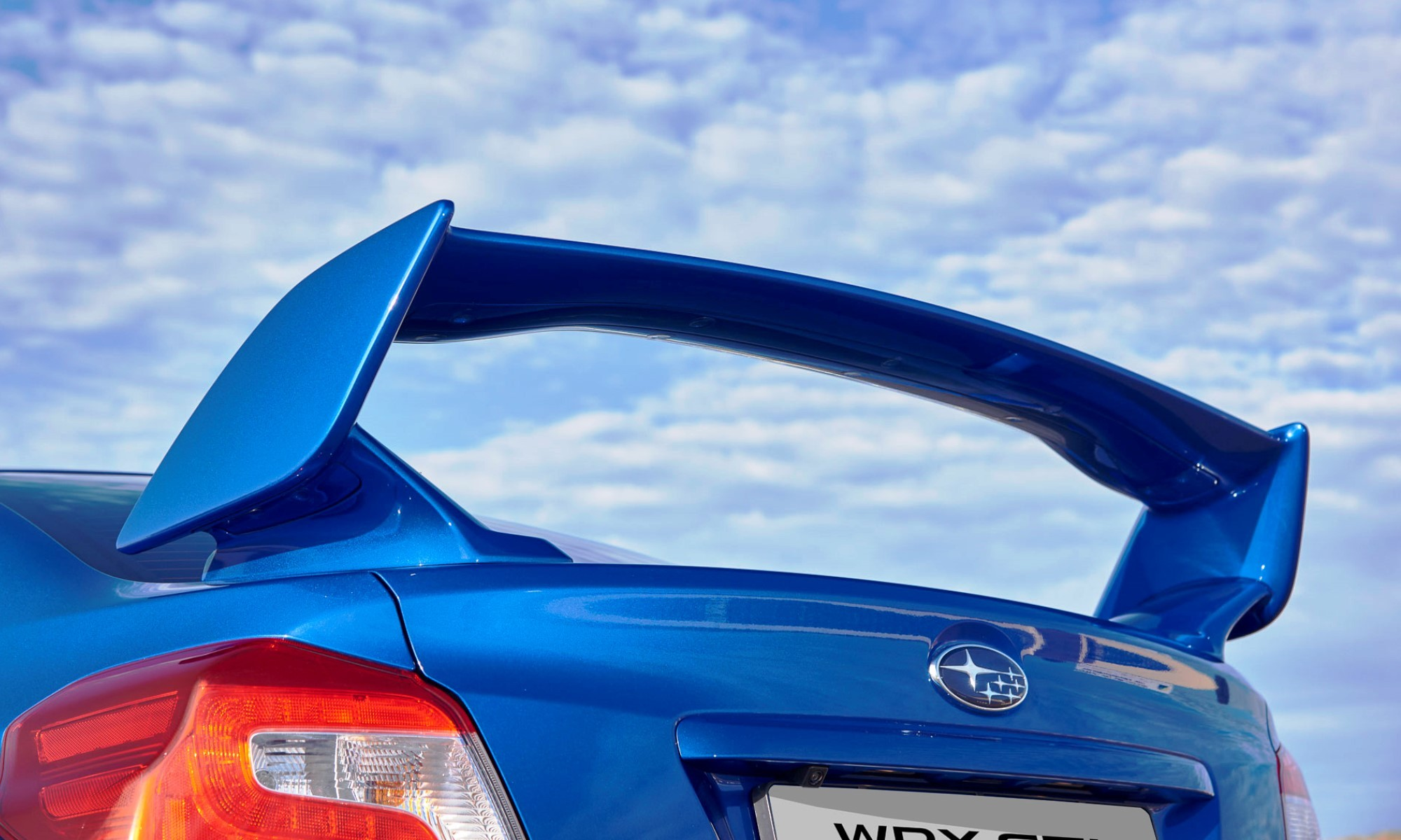 Subaru WRX STi Diamond Edition30 wing